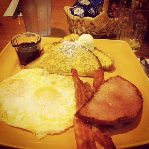 Carrows Family Restaurant in Oxnard