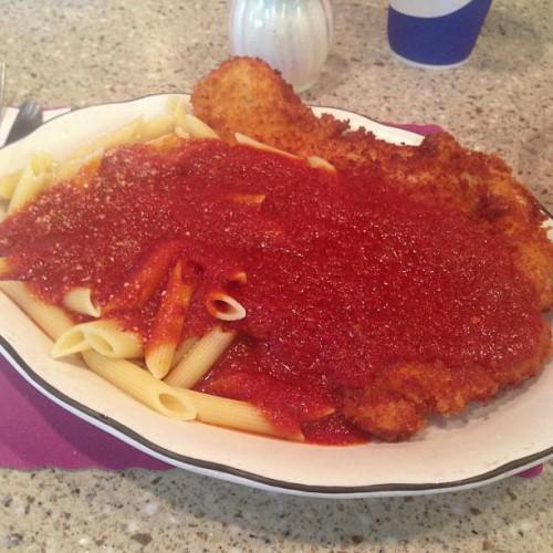 Mikes Kitchen in Cranston, RI | 170 Randall St | Foodio54.com