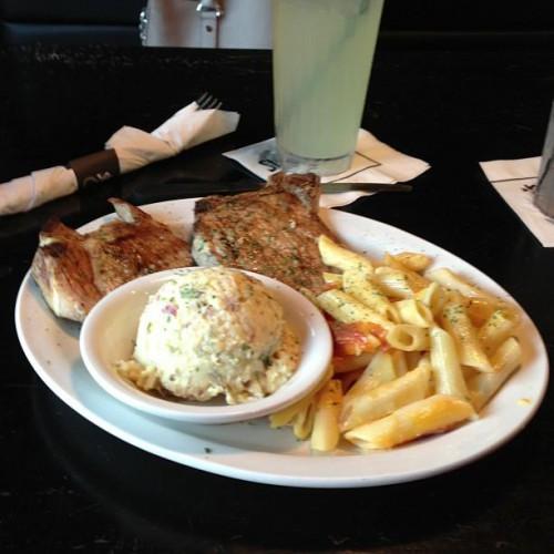 Stingrays Seafood Restaurant In Kenner La 1303 W Esplanade Ave