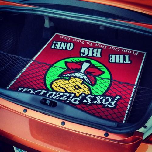 Fox's Pizza Den in Madisonville, TN
