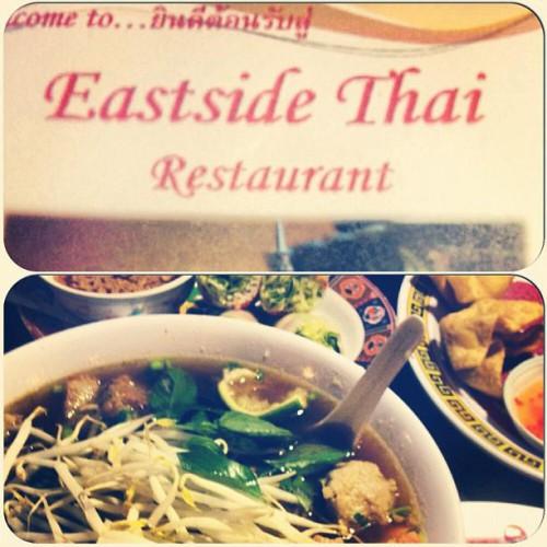 eastside thai restaurant in saint paul mn 879 1 2 payne ave. Black Bedroom Furniture Sets. Home Design Ideas