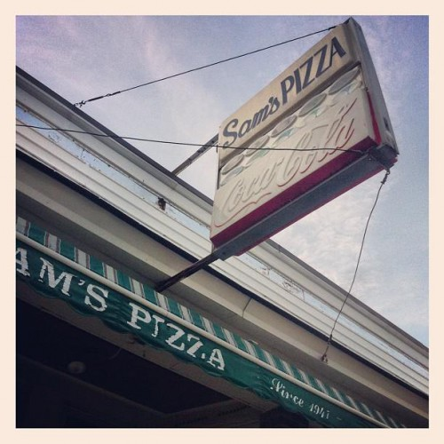 Sam's Restaurant & Pizzeria in Bristol, RI