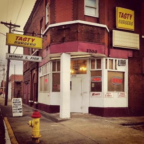 Tasty Burgers in East Saint Louis, IL