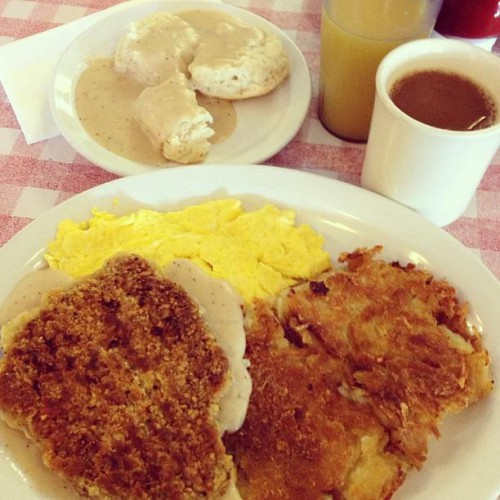 Pat\'s Kitchen in Norco, CA | 1217 6th Street | Foodio54.com