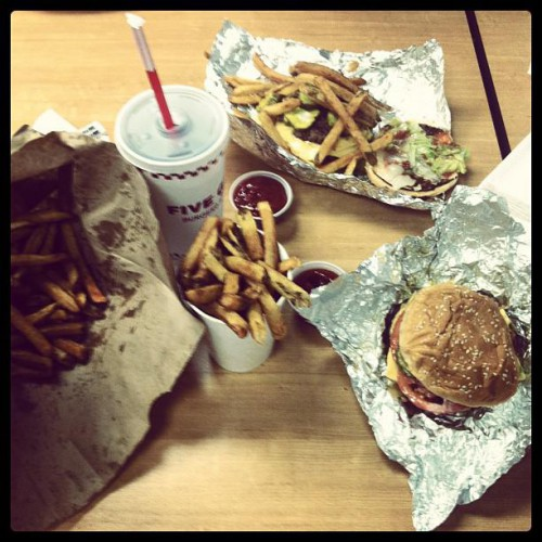 fishkill guys Grilled, seasoned, and served to perfection, fishkill's five guys burgers and fries is a prime burger joint located in the city's fishkill district this burger joint is kid-friendly, so little ones are welcome to tag along.