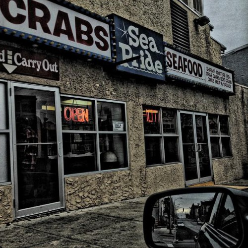 Sea pride crab house in baltimore md 201 south monroe for Nick s fish house baltimore md