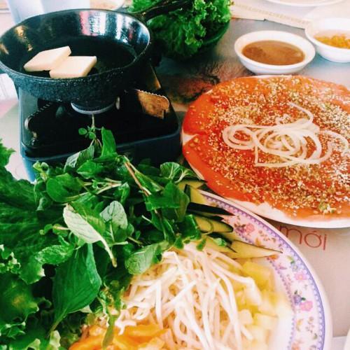 Anh Hong Pho Pasteur Restaurant in San Diego, CA