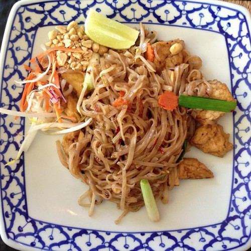 Som siam in guilford ct 63 whitfield street for Ayuthai royal thai cuisine guilford ct