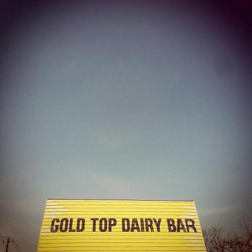 Gold top dairy bar in cincinnati oh 2810 blue rock road for Hook fish chicken cincinnati oh
