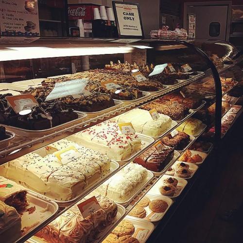 Sweet Jill's Bakery in Long Beach, CA