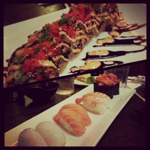 Akasaka sushi in castaic ca 28050 hasley canyon rd for Akasaka japanese cuisine