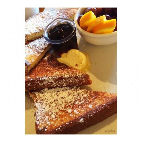Mimi's Cafe in San Diego, CA