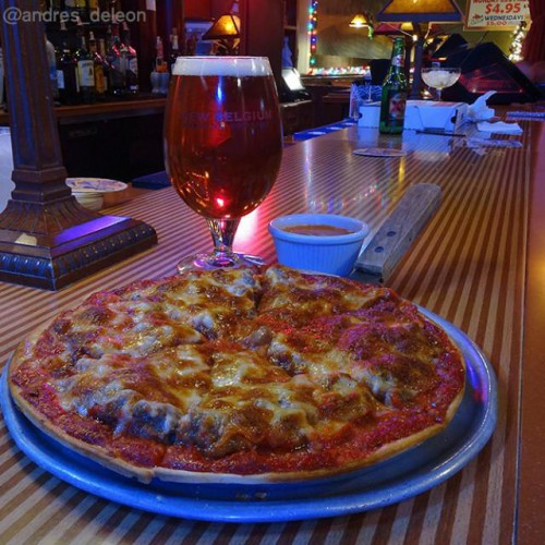 Nonnies Pizza Restaurant In Woodridge Il