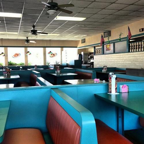 Kettle Restaurant In Laredo Tx 5302 San Bernardo Avenue