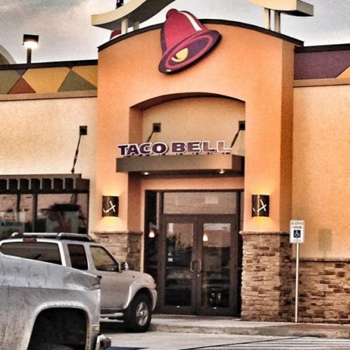 Taco Bell in Pearland, TX