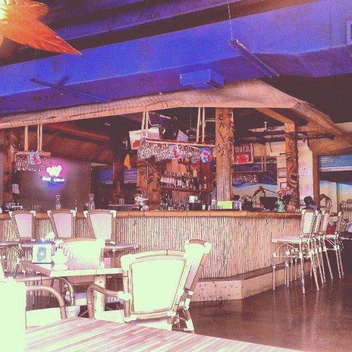Coconut S Restaurant And Pub In Crystal Beach Tx 1021