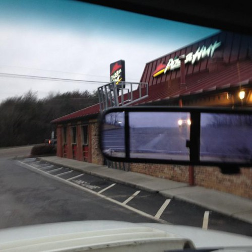 Pizza Hut in Powell, TN