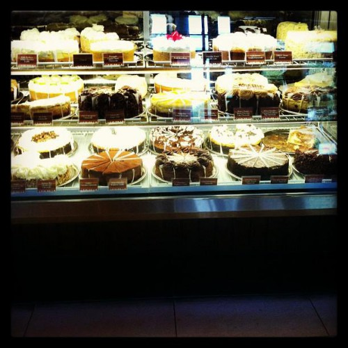 The Cheesecake Factory, Restaurants business in Winter Park. See up-to-date pricelists and view recent announcements for this kampmataga.gary: Pubs, Italian, Ice Cream & Frozen Yogurt.