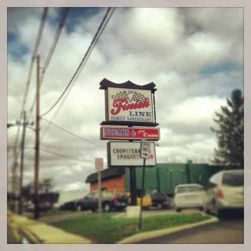 Finish Line Family Restaurant in Hillsdale, MI