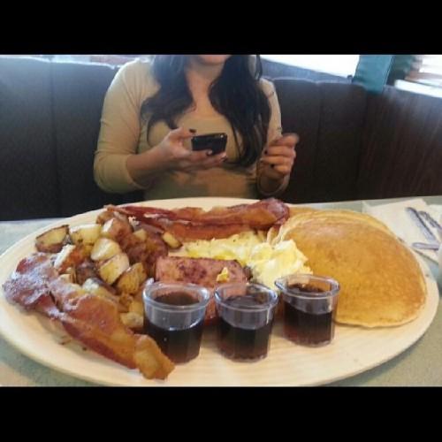 Brooks Ranch Restaurant In Selma Ca 2848 Floral Avenue Foodio54com