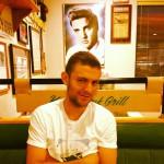 Kenny's Oak Grill in Austin, MN