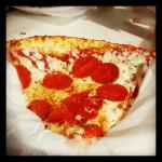 Nona's Pizzeria in Harper Woods