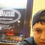 Louis Burgers in Compton