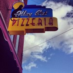 Alley Cat Pizzeria in Manchester