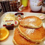 Macy's Diner & Delicatessen in Mississauga, ON