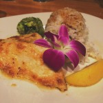 Duke's Canoe Club Barefoot Bar & Restaurant in Lihue