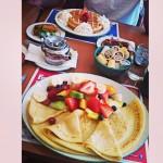 Cora's Breakfast & Lunch in Oakville