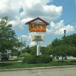 Lee's Famous Recipe Chicken in Englewood
